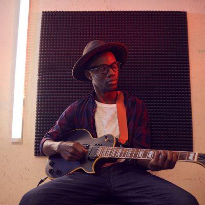 african-american-man-playing-guitar-L77MTX8.jpg
